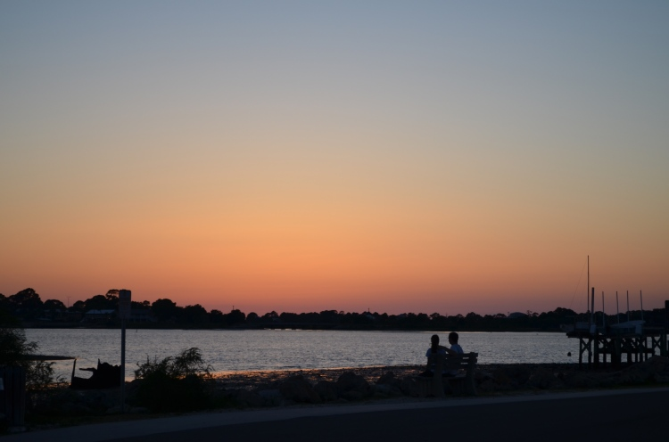 A couple enjoying the sunset. By: Gabriela Yareliz